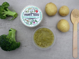 picture of baby food, broccoli and nutritional yeast mash